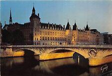 BR3333 la Conciergerie et le pont au change illuminnes Paris  france