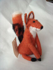New Cute Pin Felt Needle Felted Collectible Bushy Tail Sitting Fox Figure Gift