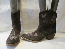 SAN MARINA BROWN SUEDE COWBOY STYLE ANKLE BOOTS UK 6 EU 39 (105)
