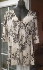 BNWT - ETHEL AUSTIN MULTI COLOURED FLORAL CROSSOVER V NECK TOP - SIZE L