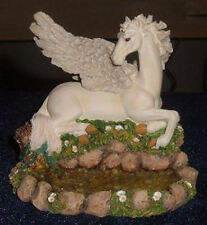 Small Pegasus B - Tudor Mint - Land of the Dragons - K085