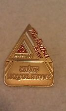 CURLING PIN TIM HORTONS BRIER CALGARY 2009 CO-OP LIQUOR STORES Sponsor Pin
