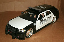 1/18 Dodge Magnum R/T Police Car Diecast Model - Custom Made Response Cruiser