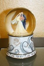 Wedding Couple with Swan Base Muscial Waterglobe with Mulit-Colored Glitter