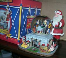 2003 Macy's Thanksgiving Day Parade Musical Water Snow Globe Charlie Brown