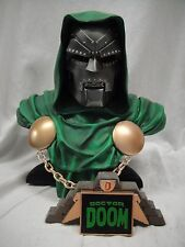 SIDESHOW DOCTOR DR DOOM LEGENDARY Scale Bust STATUE FANTASTIC FOUR Figure 4 TOY