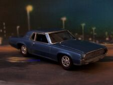 1967 67 FORD THUNDERBIRD 1/64 SCALE COLLECTIBLE DIECAST MODEL DIORAMA OR DISPLAY
