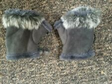 Ladies Grey Faux Shearling Fingerless Gloves