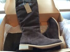 Emu Toowoobah chocolate suede high boot size 9 fur lined
