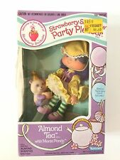 Vintage Strawberry Shortcake Almond Tea Party Pleaser Doll & Pet SEALED Kenner