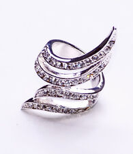SILVER METAL CROSSING DIAMANTE STUDDED WINGS RING FOR GLAMOROUS NIGHTS (ZX47)