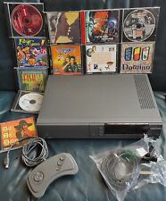 Philips CDI 220/60 Pal bundle with games/cd-i  and controller