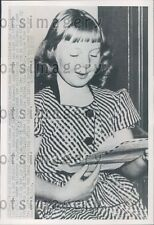 1952 9 Year Old San Francisco Girl M Holt Wants to be Air Force WAC Press Photo