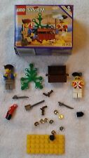 Lego Pirates Plunder (6237), with box and Parrot