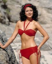 Catherine Zeta Jones UNSIGNED photo - E1587 - SEXY!!!!!