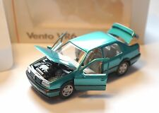 Volkswagen VW Vento VR6 in grün verde green metallic, Schabak in 1:43 boxed