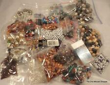 Lot of 100s Jewelry Making Craft Beads Various Sizes Colors Shapes Materials