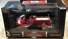 Yat Ming ROAD SIGNATURE SERIES 1:24 SCALE DIECAST 1938 FORD FIRE ENGINE