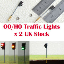 Pack of 2 Traffic Lights HO / OO Gauge 9v to 16v Common Negative