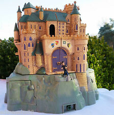 Mini Polly Pocket harry potter castillo Hogwarts gran escuela Castle Warner Bros