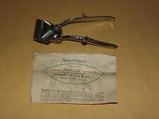 VINTAGE BARBER PEERLESS HENRY BUSS CUTLERY NY & SOLINGEN GERMANY HAIR CLIPPERS