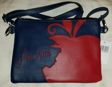 Disney Exclusive Snow White Apple CrossBody Purse Bag NEW  FREE SHIPPING