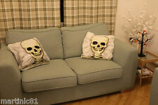 2 SKULL CUSHION COVER PILLOW CASES HALLOWEEN PRETEND SCARE SKELETON BED DOWN