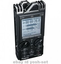 Roland portable recorder R-26 From japan