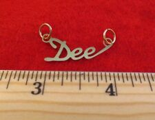 "14KT GOLD EP ""DEE"" PERSONALIZED NAME PLATE WORD CHARM PENDANT 6104"