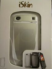 iSkin Aura Case for BlackBerry Bold 9930 & BlackBerry Bold 9900 (White)