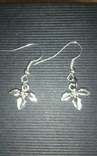 hand-made holly drop/dangle earrings- - girls/ladies - Xmas