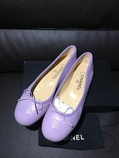NIB New CHANEL Rare France Made Purple Lilac Leather CC Logo Flats Shoes 40 9.5