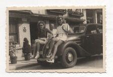 PHOTO - Automobile Voiture Auto - Femmes - Vers 1960 - Vintage N&B - Traction