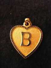 Pendentif Coeur Médaillon en Or Plaqué Lettre B 2 cm