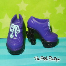 MONSTER HIGH 13 WISHES TWYLA BOOGEYMAN DOLL REPLACEMENT PURPLE BOOTS SHOES ONLY