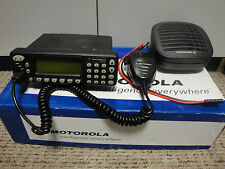 TWO WAY RADIO MOTOROLA GM1200E UHF 403-470 MHZ 25W 200 CHANNELS