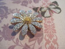 SWAROVSKI Swan Signed CRYSTAL PAVE' DAISY  Flower BROOCH Mint Condition