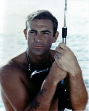Sean Connery UNSIGNED photo - B2982 - James Bond - Thunderball