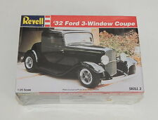 Revell 32 Ford 3-Window Coupe 1/25 Kit SEALED R11805