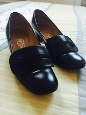 Size 7.5 vintage 60s black leather HILL AND DALE heels pumps shoes