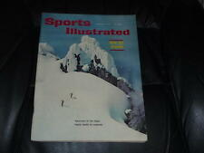 1960 SNOW SKIING NO LABEL NEWSTAND ISSUE SPORTS ILLUSTRATED  NEAR MINT