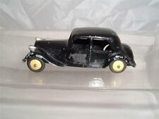 Dinky TOYS FRANCE CITROEN TRACTION 11BL il a été repeinte vintage voir photos