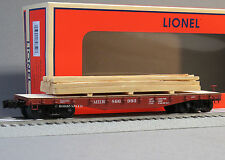 LIONEL MILWAUKEE ROAD 40' FLATCAR LUMBER LOAD o gauge train freight 6-82850 NEW