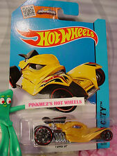 Case E/H 2015 i Hot Wheels TOMB UP #34∞Yellow-Gold; Red oh5∞STREET BEASTS