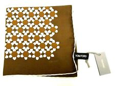 $125 NWOT TOM FORD Brown White Flowers men's silk pocket square handkerchief