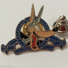 Pin's Folies *** Enamel badge Demons et merveilles Turner Tex avery the wolf
