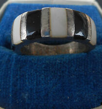 VINTAGE! GERMAN ISA Runes Sterling SILVER RING with ONIX & MOTHER-OF-PEARL