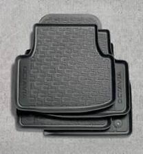 Skoda Octavia Estate (A7) Rubber Floor Mats (5E2061550)
