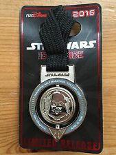 Disney Park Pin Star Wars Limited Exclusive Vader Dark Side Half Marathon Medal