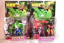 2 INCREDIBLE HULK SMASH & CRASH FIGURES BATTLE DAMAGED HULK & LEADER EVIL ROBOT